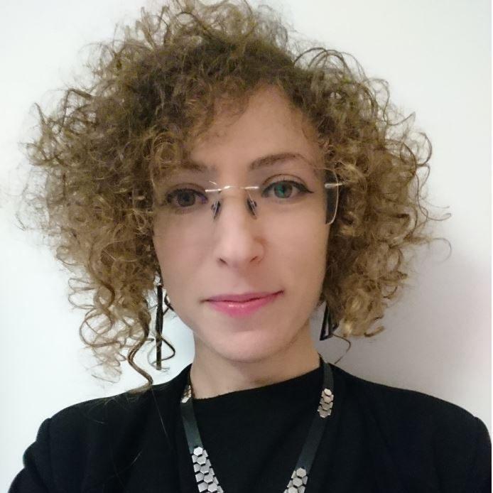Elinor Carmi